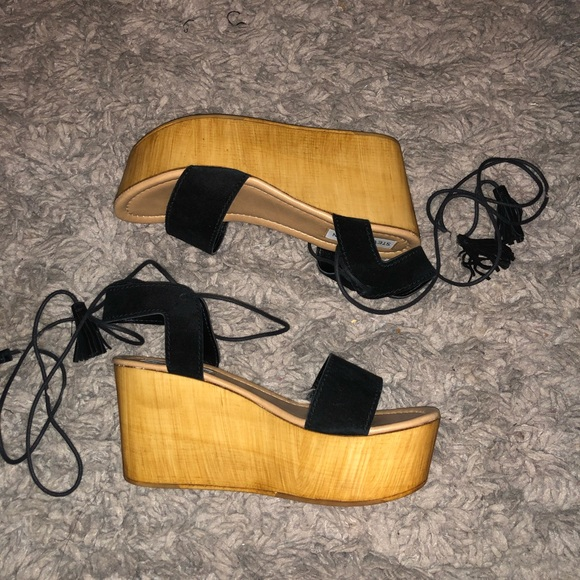 5dfd4df3d76 Steve Madden Shannon Wedges NWT